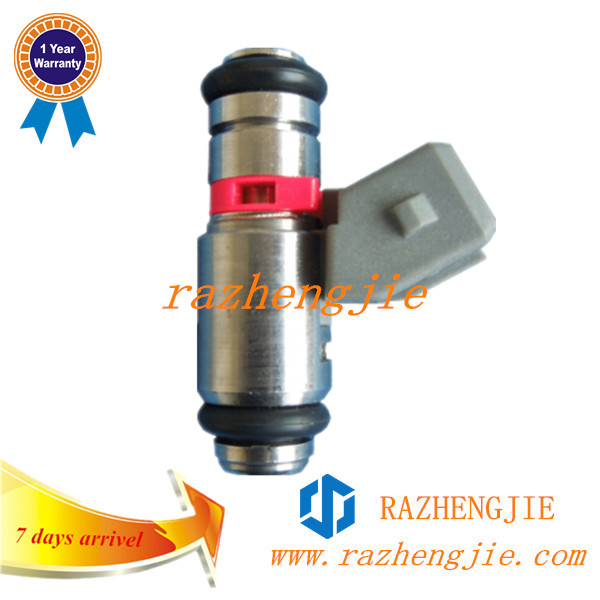 Chinese Motorcycle Parts Fuel Injector IWP023