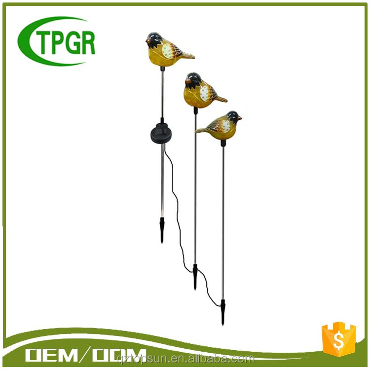 New Products Birthday Giveaways Plastic Stake Solar Home Led Light Garden Outdoor