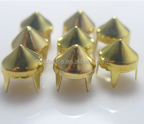 Lead free nickel free pyramid brass material claw studs , 4 feet conical brass spike stud rivet for jeans