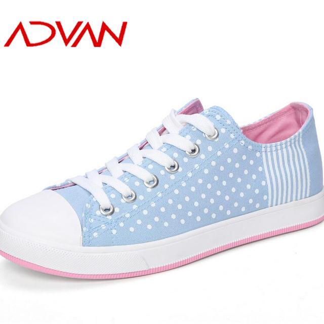 Low Cut Korea Style Woman Flat Shoes Vulcanized Tech Ladies Shoes Lace-up Sneaker