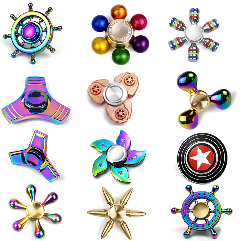 Factory direct wholesale tri toy metal hand colorful rainbow fidget spinner