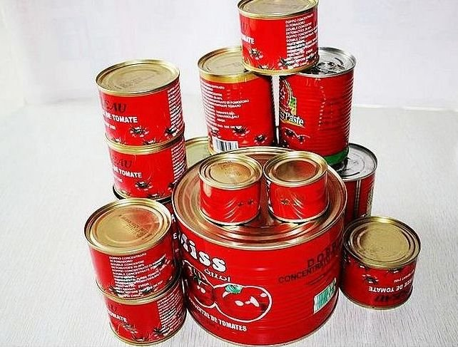 2015 Hot sell canned tomato paste,tomato sauce from alibaba china 70g*50tins/ctn