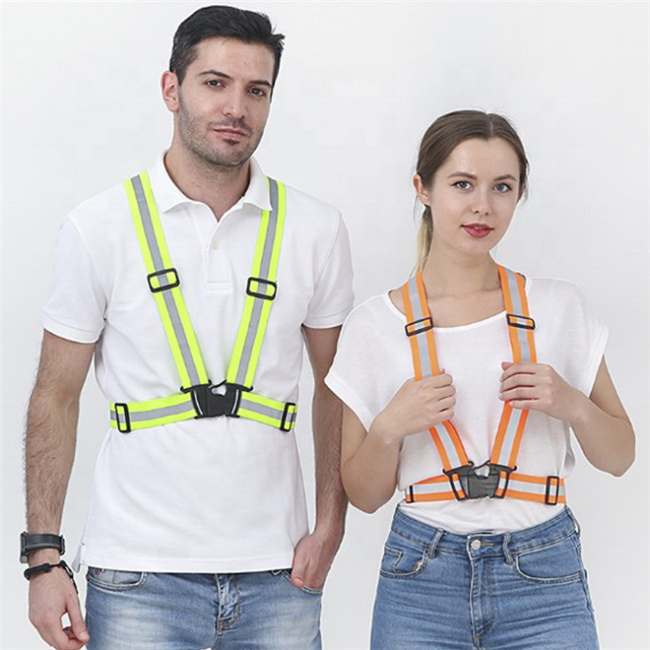 Night <strong>Safety</strong> Volunteer Reflective Vest OEM ODM Running Biking Security Guard Reflective Vest