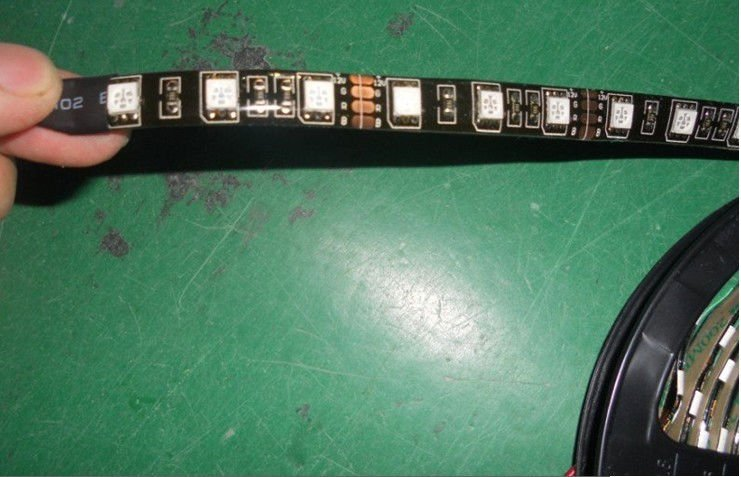 5m BLUE color flexible LED Strip;5050 SMD;60LEDs/m,waterproof by epoxy coating;DC12V input;BLACK PCB