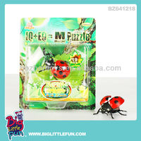 Wild plastic moving red ladybug animal toy