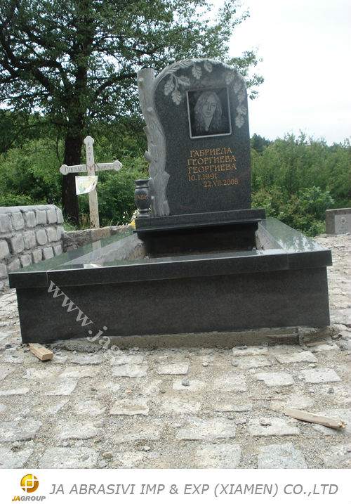 European style G654 granite cemetery bench monument