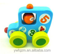 Small painted toy beech wooden car set wholesale