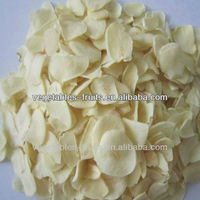 Dehydrated garlic flakes japanese grade A