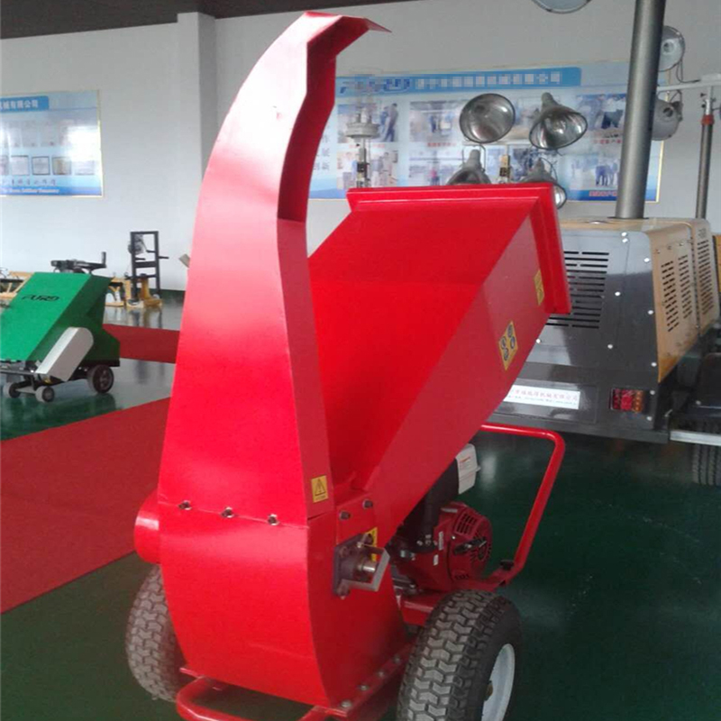 Movable small wood branches crush machine oil fuel wood chipper machine