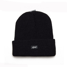 Wholesale Custom Made Embroidery Logo Slouchy Knitted Cuff Wool Beanie Cap