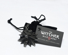 The Witcher 3 Wild Hunt Medallion Pendant and Chain Necklace