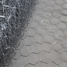 China Made small chicken wire for crafts of CE and ISO9001 standard