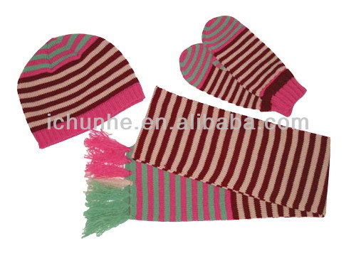 high quality low price new knitted scarf hat glove sets