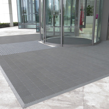 Hotel outdoor entrance large plastic mats for floor