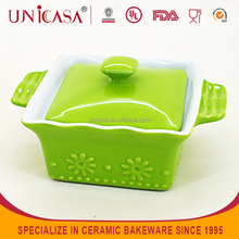 UNICASA New design flower embossed oven safe ramekin with lid
