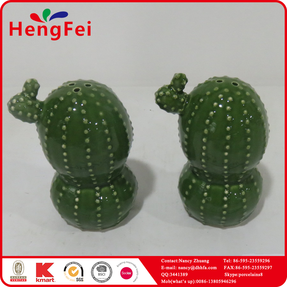 Personalized ceramic artificial cactus decor with pepper bottle
