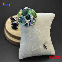 Small size 3cm long stick checker printing fabric lapel flower for men