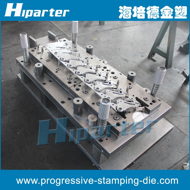 Chinese Manufacturing Industry , stamping die maker