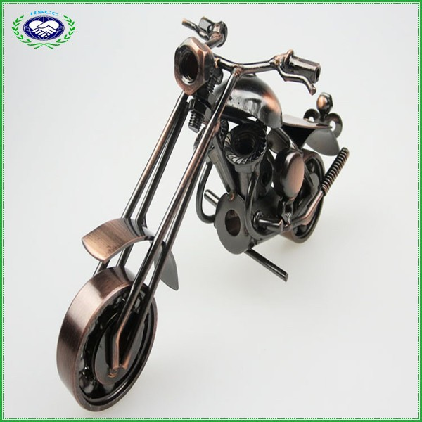 100% Handmade Antique Imitation Metal Harley Motorcycle Model Crafts for Motorcycle Lovers