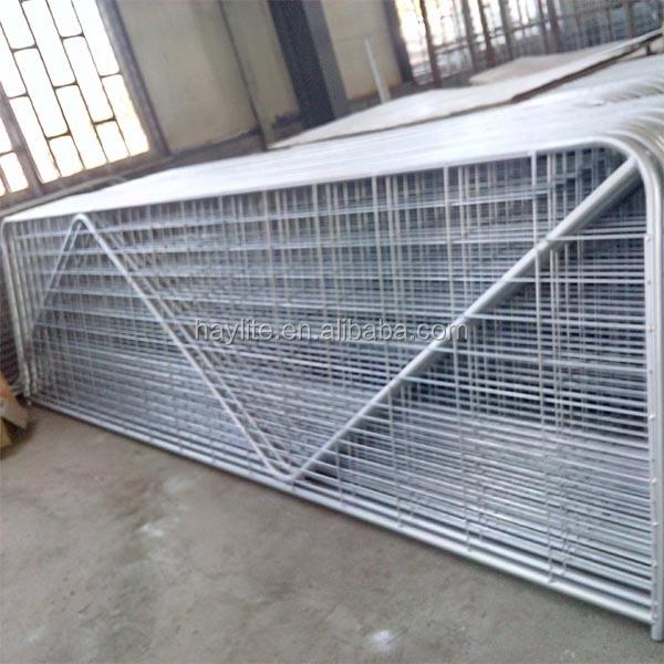 Galvanized welded wire mesh fence farm gate