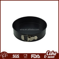 Metal cake mold and bakeware