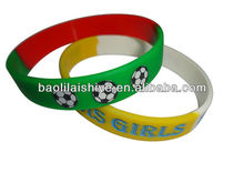 Stylish boy and girl silicone rubber bracelet bulk individual charms for charm bracelets