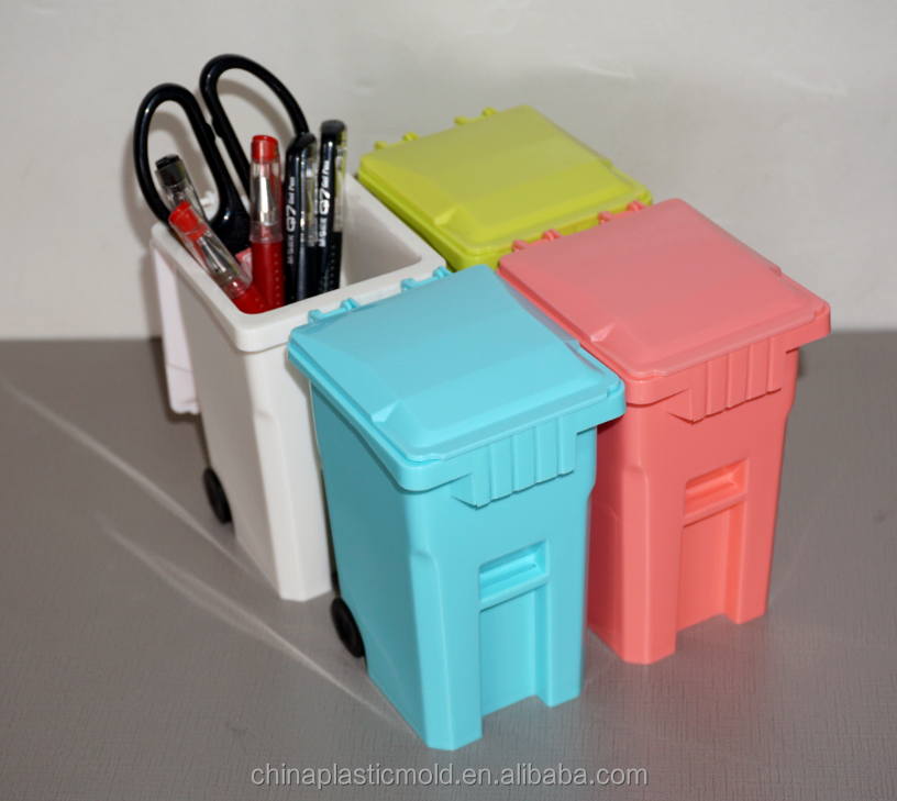China supplier mini trash can shaped pen holder, plastic mini desktop dustbin, plastic trash can