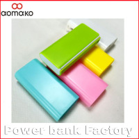 AK-03 OEM customer logo power bank 4000 4400 5200mah booking power bank with flashlight charging for iphone 6 samsung smartphone