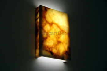 Onyx Wall Light
