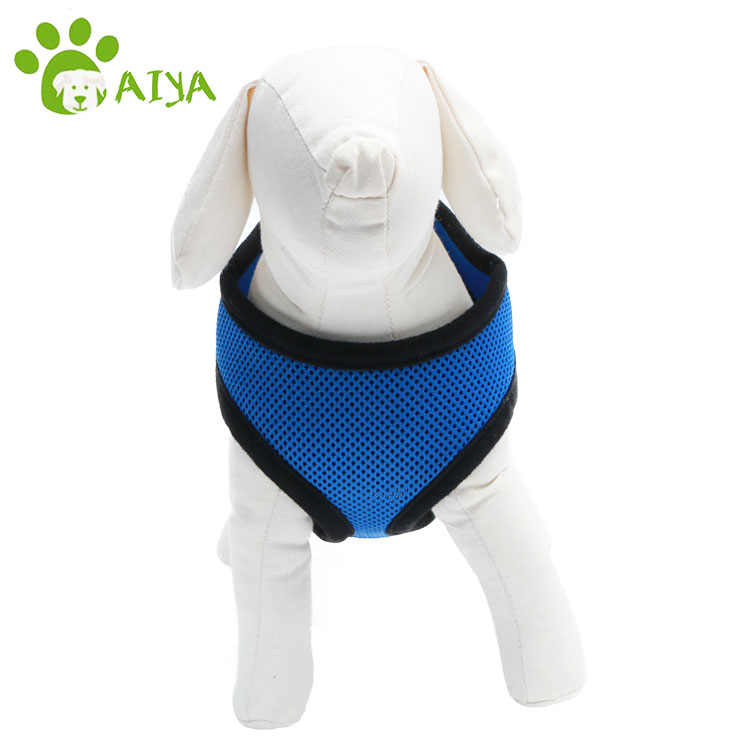 2017 new pet product leather dog harness for running