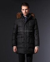 2017 One-stop Factory of Men's Brand Down Coat with Fur Collar