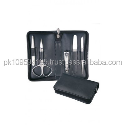 Professional Manicure & Pedicure Kit / Personal & Nail Care Set / Beauty Instruments