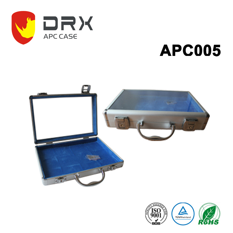 Customized Aluminum display cases easy carrying