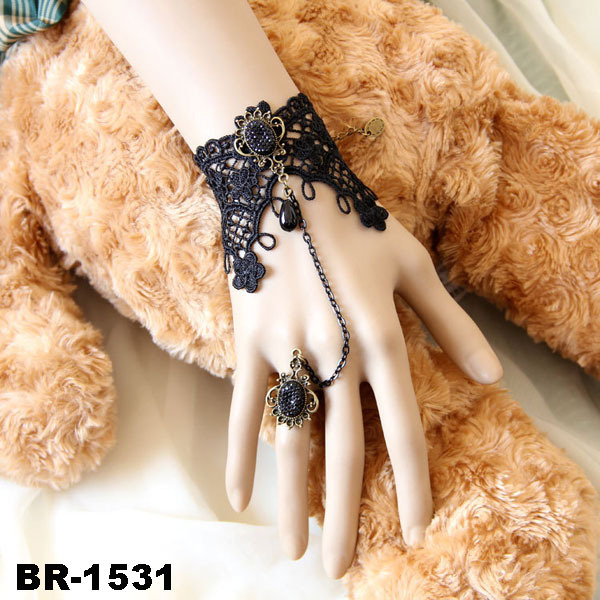 Black Lace Slave Bracelets with Ring Lolita Sexy Glass Bead Chain Metal