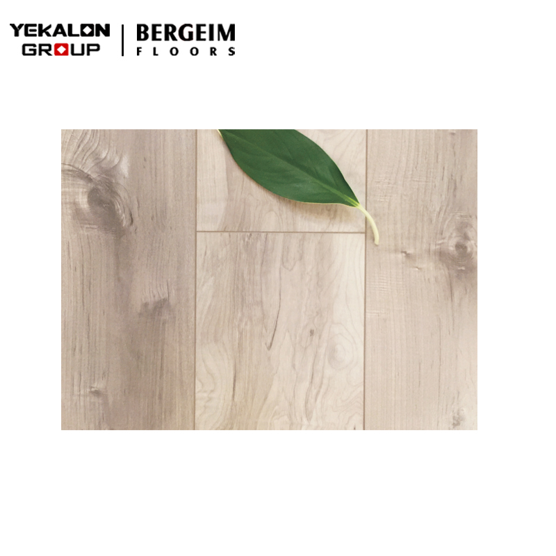 Wholesale Best Price Wax Ac4 Ac5 Hdf 12Mm Parquet Laminate Floating <strong>Floors</strong>
