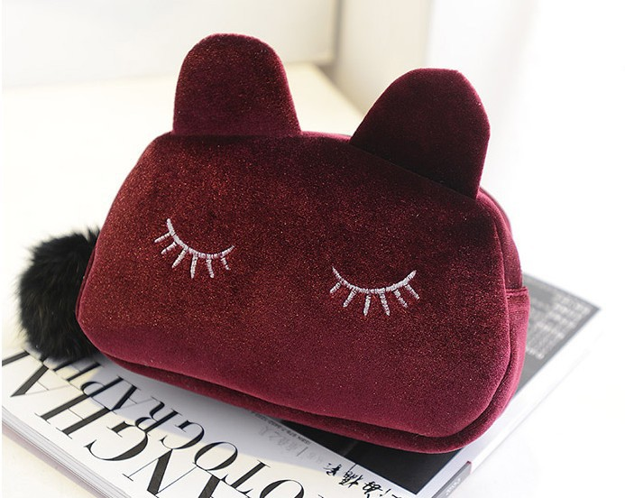 New handbags wholesale gold velvet kitten Cosmetic handbags with fur ball bag a generation of fat