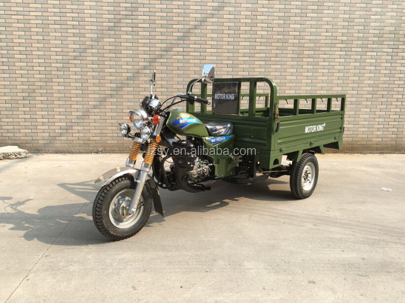 tricycle cargo gasolin scooter three wheel adult motorcycke ,enclosed 3 wheels motorcycle