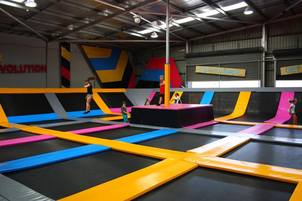 Safe Commercial trampolines park with many games like ninja course newest trampoline park