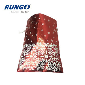 Wholesale Promotional 2018 New Design Christmas Shiny Laminated Non Woven Drawstring Bag