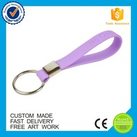 OEM eco-friendly bracelet key holder cheap custom silicone keychains