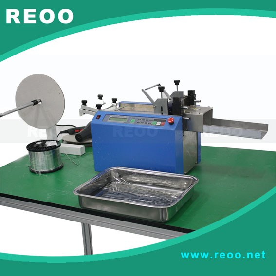 High speed Solar cell automatic soldering strip cutter with advanced stepper motor.
