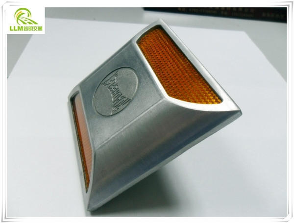 Road safety polished aluminum cast road reflectors cat eyes