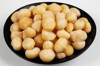 Roasted Or Raw Macadamia Nuts