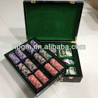 500pcs High Gloss Wooden Case poker chips set With Key and Chip Tray inside