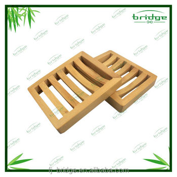 Pretty Natural bamboo bathtub soap dish