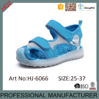 2016 Hot Style LED Kids Light Up Sandal