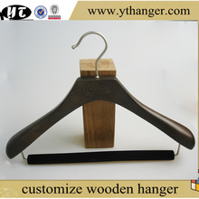 luxury wooden suit hanger with velvet cross-bar for clothes