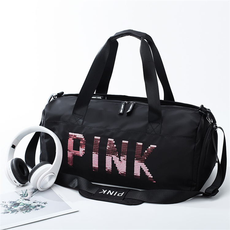 travel duffle bag with logo