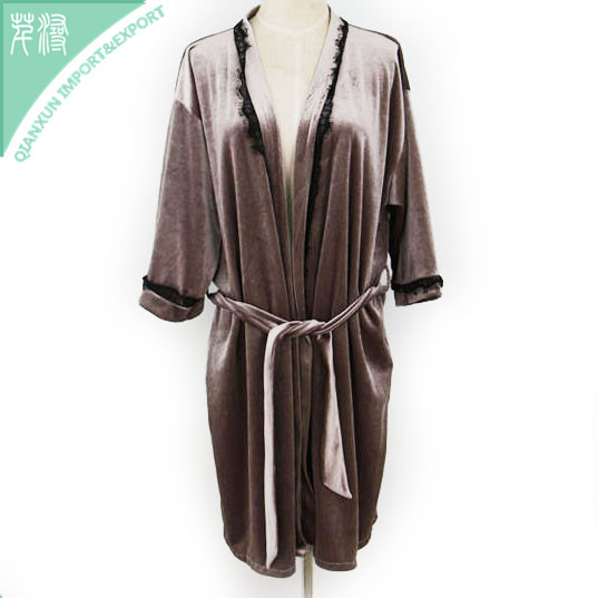 SC-125366 Sleepwear apparel fashion women bathrobes velvet robe