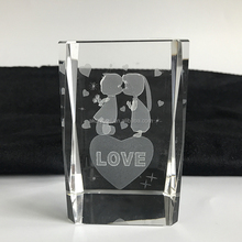 Customized top quality wedding souvenir type, 3D laser crystal photo cube